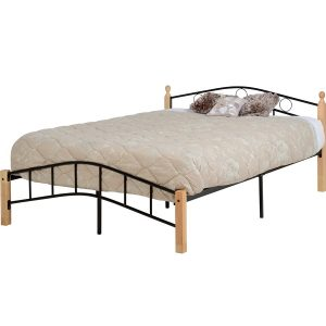 BwBS803  Luton 4 foot 6 inch Bed